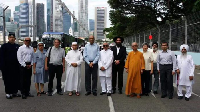 Inter-religious groups at SR Nathan lying in state