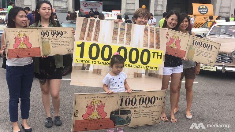 100-000th-visitor-tanjong-pagar-railway-station